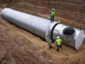 Imagem do dia: A construção de um abrigo subterrâneo anti bomba