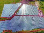 Imagem do dia: Construção de mega central fotovoltaica da Tesla concluída no Havai