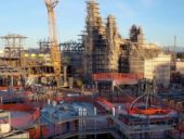 A construção do parque temático Star Wars: Galaxy's Edge