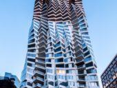 Imagem do dia: Construção da torre ondulante MIRA avança em São Francisco