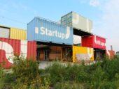 Imagem do dia: Holandeses utilizam contentores para construir edifícios no Parque de Ciências de Amesterdão