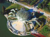 Imagem do dia: O estranho edifício caranguejo na China
