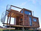 Imagem do dia: Incrível micro-casa transportável foi criada através da reutilização de materiais de construção