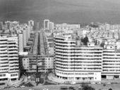 Imagem do dia: A movimentação de um edifício de 7600 toneladas nos anos 80