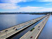 Imagem do dia: Ponte flutuante da I-90 será a primeira do mundo a integrar vias para metro ligeiro de superfície