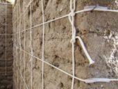 Imagem do dia: Reforço antissísmico de construções de adobe utilizando corda